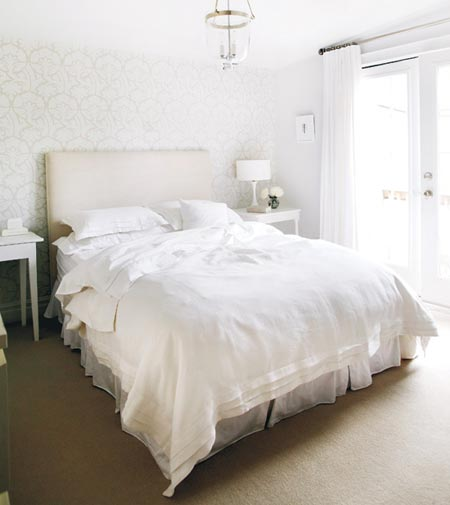 how often should you change your sheets livesimplybyannie. Black Bedroom Furniture Sets. Home Design Ideas